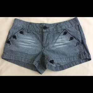 Junior's Striped Jean Shorts Size 11